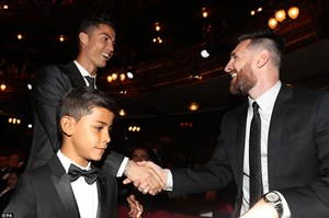 بی احترامی مسی و رونالدو به دنیای فوتبال