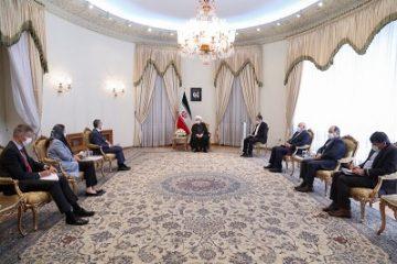 روحانی: ایران برابر گردنکشی و قلدری تسلیم نخواهد شد